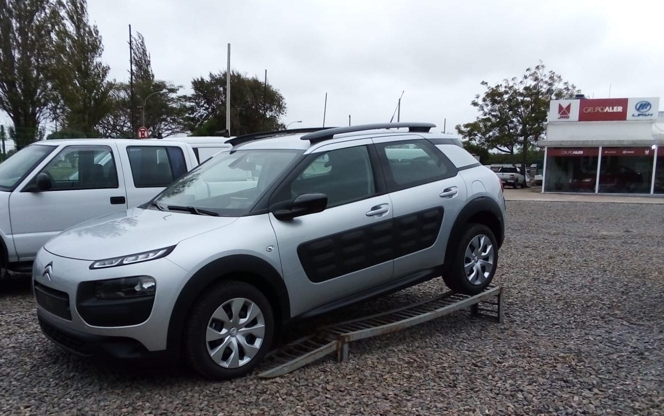 CITROEN C4 CACTUS 1.2 82 BMP5 PILOTADA FEEL full