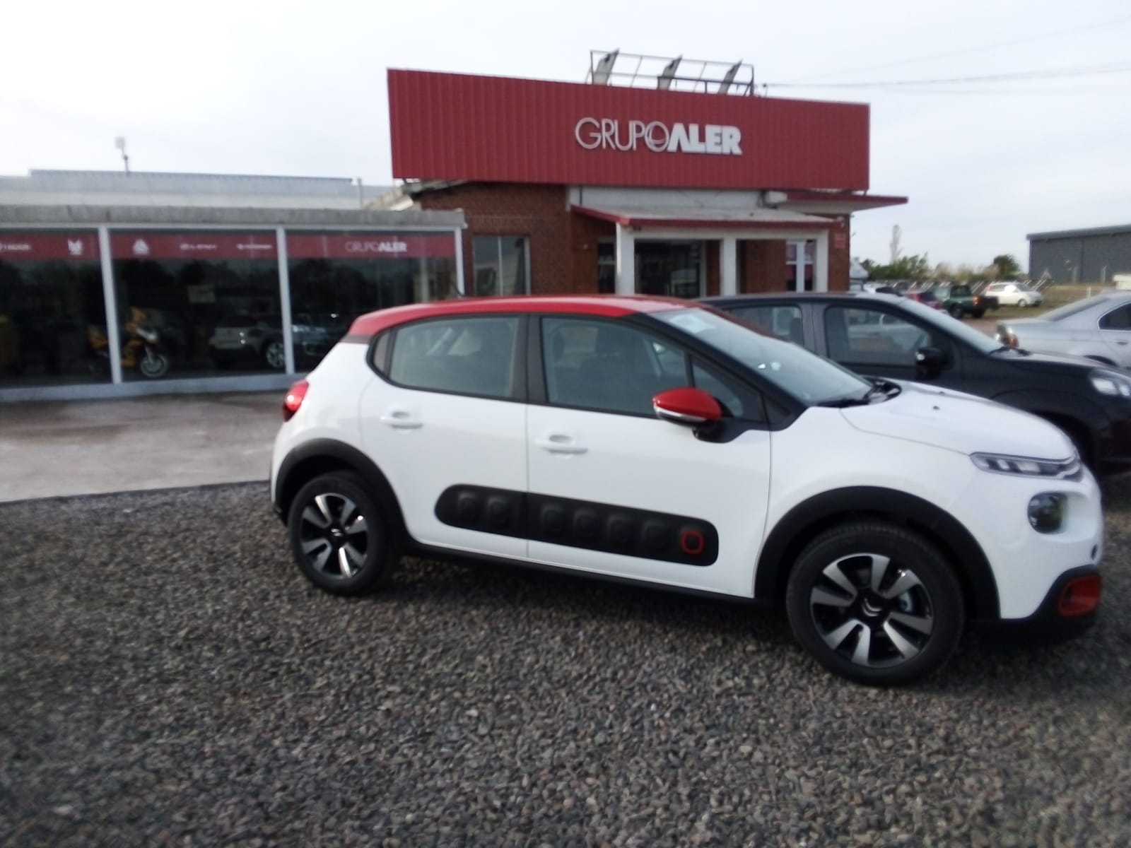 NEW CITROEN C3 full